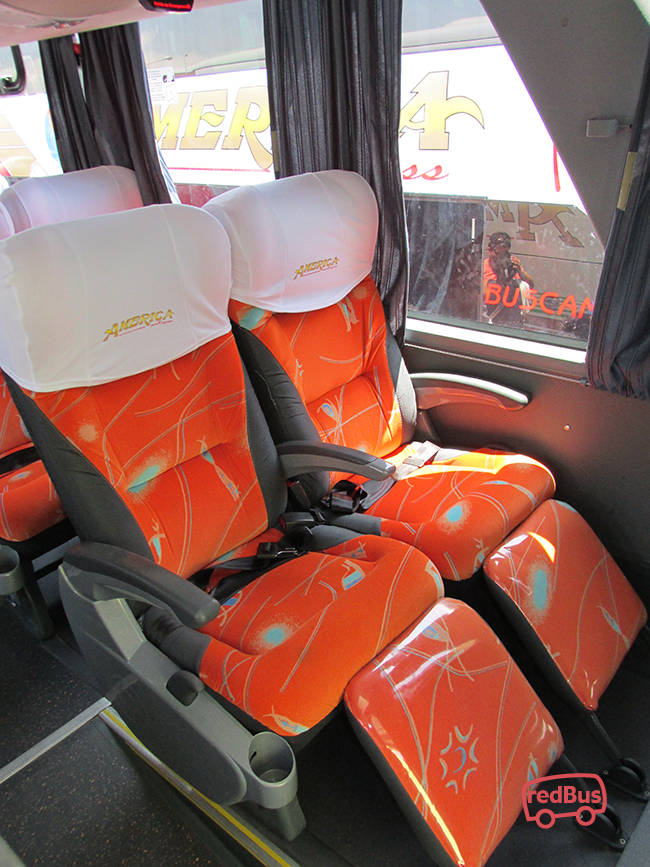 Interior del Bus America Express