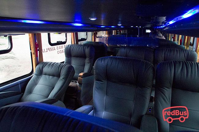 Interiores Bus Apocalipsis