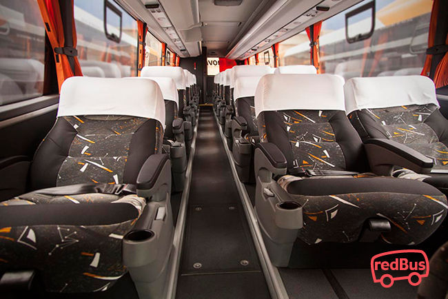 Interior del Bus Movil Tours
