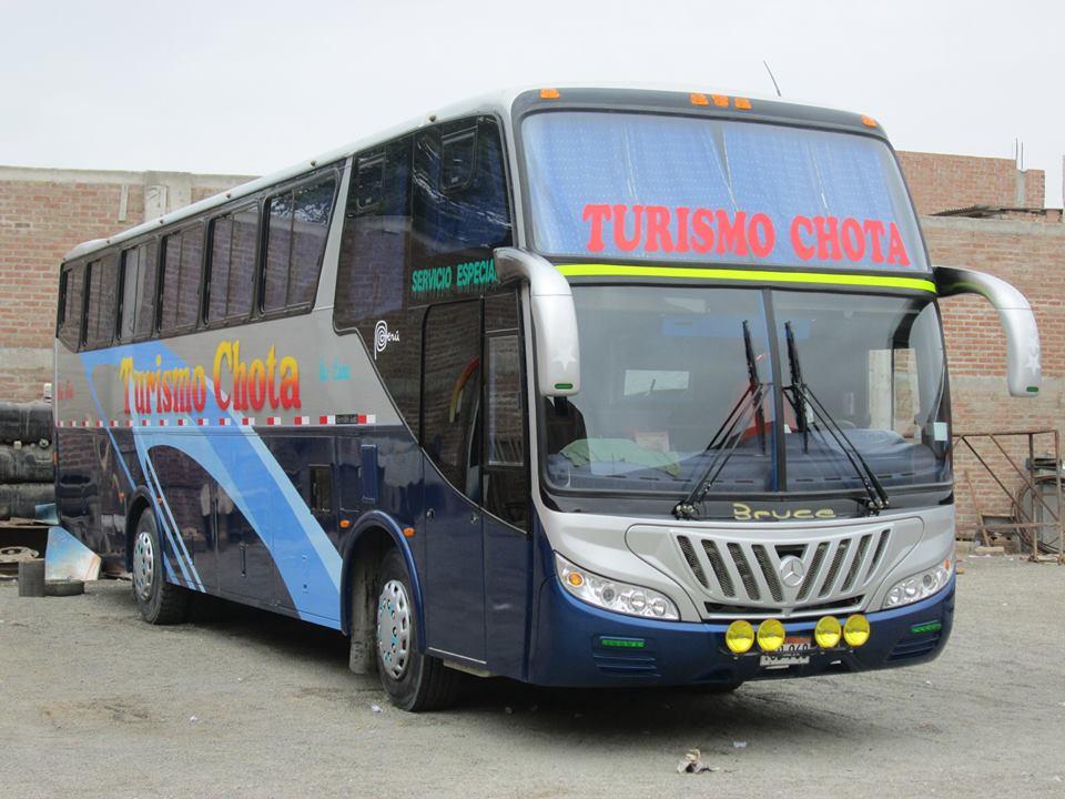 Turismo Chota Bus
